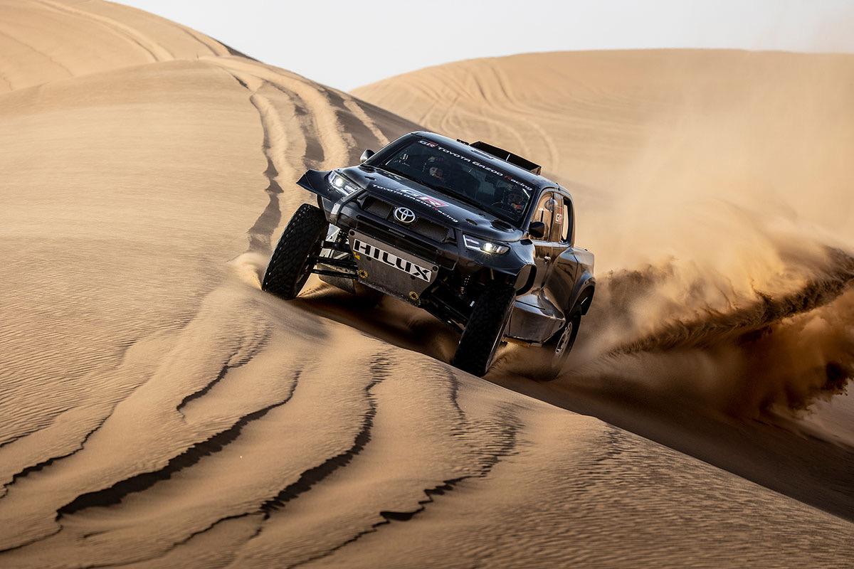 """Dakaras. """"Toyota"""" pristatė naują visureigį"""