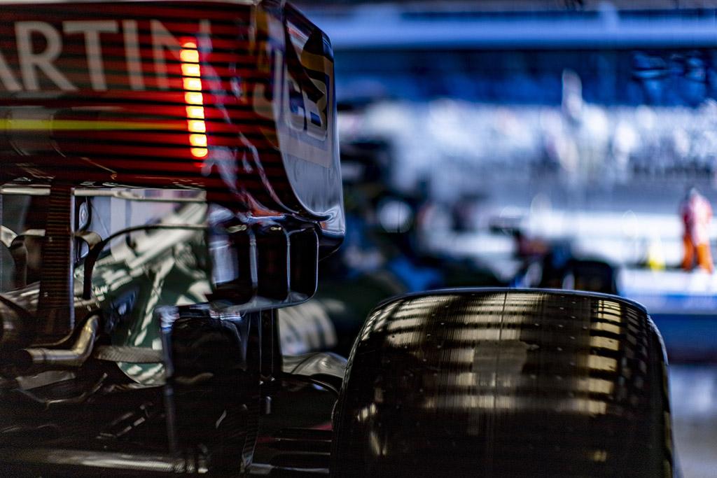 """""""Pirelli"""": mes įspėjome komandas nevažiuoti iki finišo"""