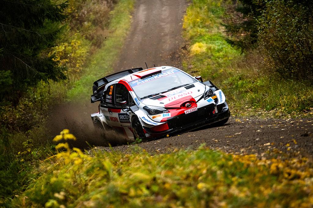 WRC. Suomijos ralyje į priekį įsiveržė E. Evansas