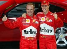 """""""Ferrari"""" pilotams leista lenktyniauti tarpusavyje"""