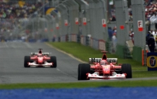 """Ferrari"" neskubės su ""F2003-GA"""
