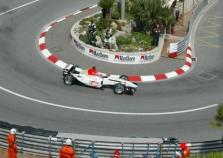 J.Buttonas nedalyvaus lenktynėse