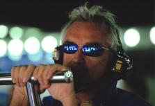 """F.Briatore: """"Red Bull"""" išleidžia per daug"""