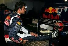 "V.Liuzzi pilotuos ""Red Bull""?"