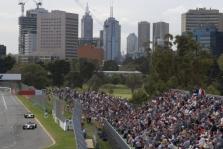 Australijos trasoje gali pakeisti asfaltą