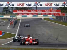 "M.Schumacheris ragina ""Ferrari"" pasitempti"