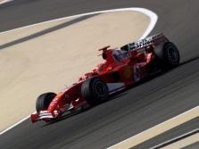 Bahreino GP: šeštadienio treniruotės Nr.1