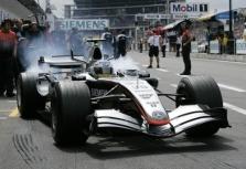 """""""McLaren"""" steigs dukterinę komandą"""