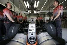 """Mercedes"" patenkinti V8 variklio bandymais"