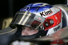 """K.Raikkonenas nerimauja dėl """"Mercedes"""" variklių"""