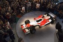 """Oficialiai pristatytas """"Toyota TF106"""""""