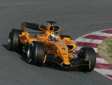 """Mercedes"" išbandys atnaujintą variklį"