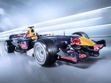 """""""Red Bull"""" pristatė bolido dažymą"""