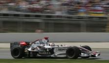 """Mercedes"" tikisi, kad nereikės keisti variklio K.Raikkonenui"