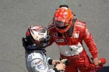 M.Schumacheris ir K.Raikkonenas - lygiaverčiai komandos draugai?