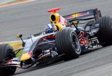 """D. Coulthardas: """"Red Bull"""" vejasi varžoves"""