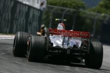 """""""McLaren"""" Prancūzijoje pradės naudoti atnaujintą bolidą"""