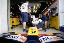 """""""Renault"""" bolido pristatymas – sausio 31 d."""