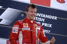 K. Raikkonenas džiaugiasi pirmąja pergale Silverstone'e