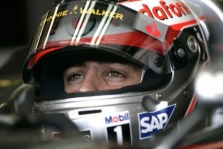 """Red Bull"": F. Alonso kandidatūros nesvarstome"