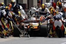 """F. Alonso: """"Renault"""" greitai gali tekti ruoštis 2009 m."""