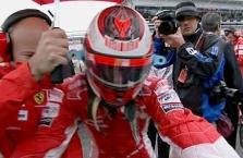 """""""Ferrari"""" užstojo K. Raikkoneną"""