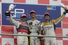 "<span style=""background:#00adef; color:white; padding: 0 2px"">GP2</span> Atimta pergalė iš R. Grosjeano"