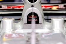 """""""Red Bull"""" žada gražų bolidą"""
