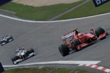 Vengrijoje K. Raikkonenas taikosi į podiumą