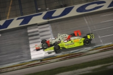 "<span style=""background:#3f3f3f; color:white; padding: 0 2px"">IndyCar</span> Kentucky: lenktynės"