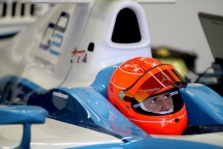 M. Schumacheris gali dar ilgai lenktyniauti