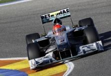 """Mercedes"": nusileidžiame ""Ferrari"""