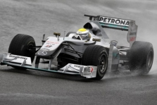 "N. Rosbergas: ""Mercedes"" sparčiai tobulės"