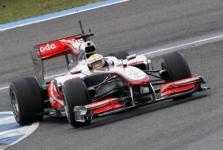 """Teisėjai """"McLaren"""" galiniam sparnui priekaištų neturėjo"""