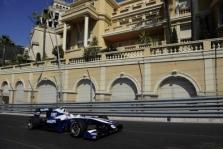 """""""Williams"""" tirs savo lenktynininkų avarijas"""