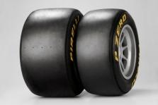 """Pirelli"" pradeda rimtus bandymus"