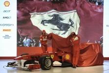 """Internetu pristatymą transliuos ir """"Ferrari"""""""