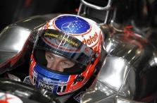J. Buttonas tikisi gerų lenktynių Belgijoje