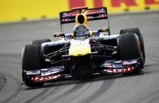"""Red Bull"" bolidą pristatys internete"