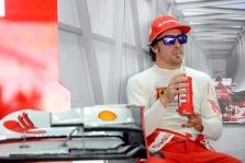 F. Alonso: F-1 pilotai negerbia vieni kitų