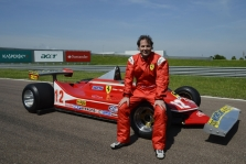 J. Villeneuve'as nerimauja dėl F-1 ateities