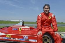 J. Villeneuve'as: apie lenktyniavimą F-1 jauni ir talentingi pilotai gali pamiršti