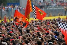 """""""Formulės-1"""" auditorija tampa vis senesnė"""