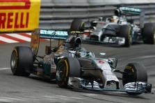 """""""Mercedes"""" pilotų santykiai suprastėjo po Ispanijos GP"""