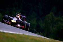 D. Ricciardo: galime būti greičiausi tarp likusiųjų