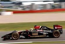 """""""Pirelli"""" konceptines padangas galėtų tiekti metais anksčiau"""