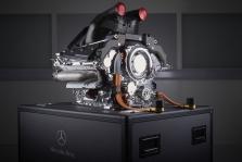 """Naujas """"Mercedes"""" variklis – 12 AG galingesnis"""