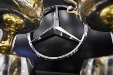 """""""Mercedes"""" nori dominuoti """"Formulės-1"""" ir """"Formulės-E"""" čempionatuose"""