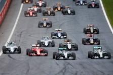 """M. Brundle: mes patys sugadinome """"Formulę-1"""""""
