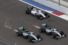 M. Hakkinenas: nesupratau N. Rosbergo manevro